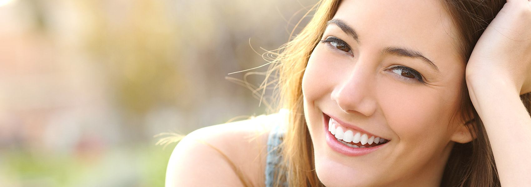 Find our services to get a beautiful smile with Thompson Dental